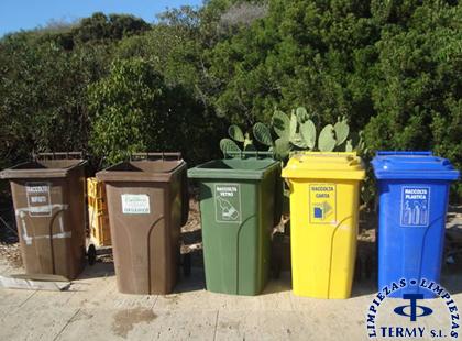 Recogida de cubos de basura en Madrid