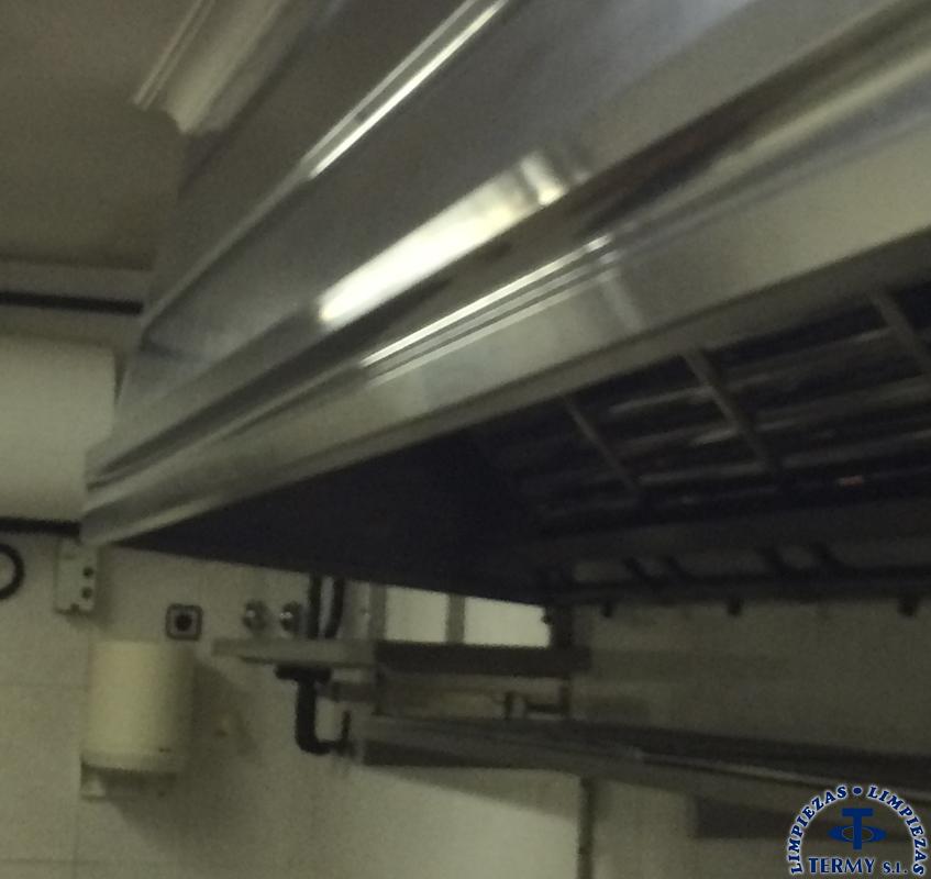 Limpieza-de-campanas-extractoras-2