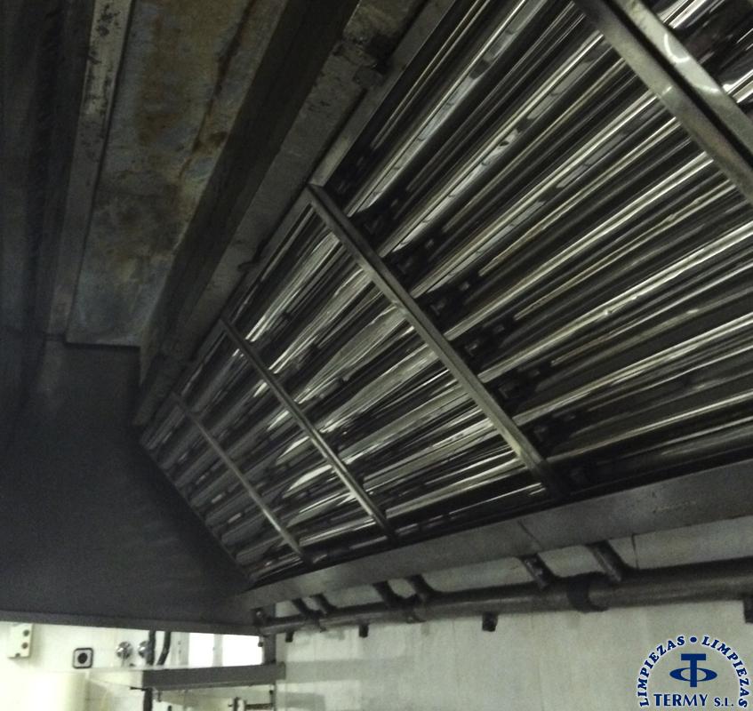 Limpieza-de-campanas-extractoras-3